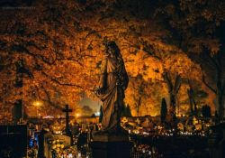 Zmiana organizacji ruchu przy tomaszowskich cmentarzach