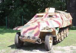 """Skarby tomaszowskich placówek: """"Rosi"""", """"Lufcik"""" i T-34"""